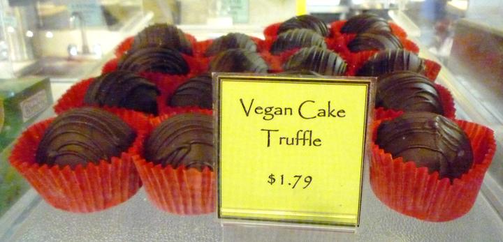 Quack's Bakery Cake Truffle