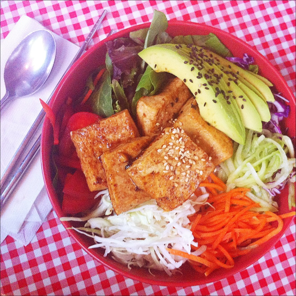Mixmix Bibimbap with tofu and avocado from Koriente